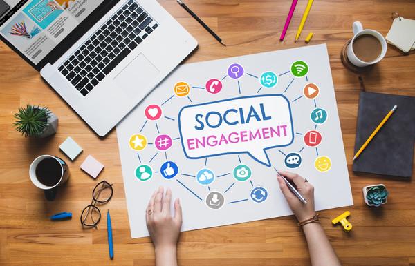 ψηφιακές υπηρεσίες komvos digital services social media kalamata